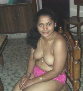 aunty naked x pic