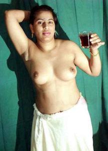 Married desi aunties nude pics