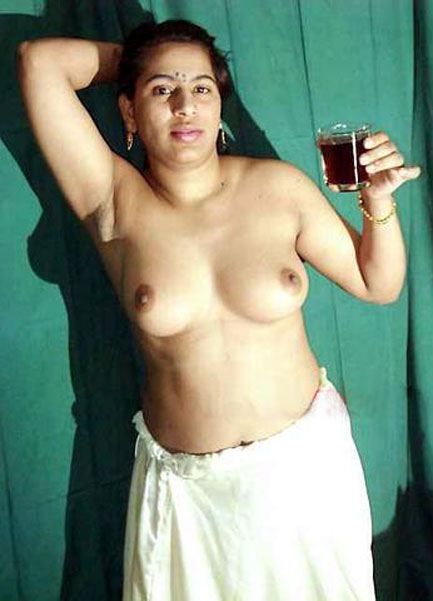 aunty nude stills indian