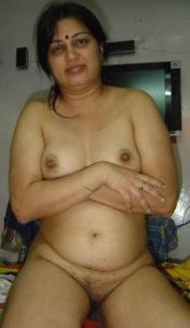 aunty naked xx titts hot