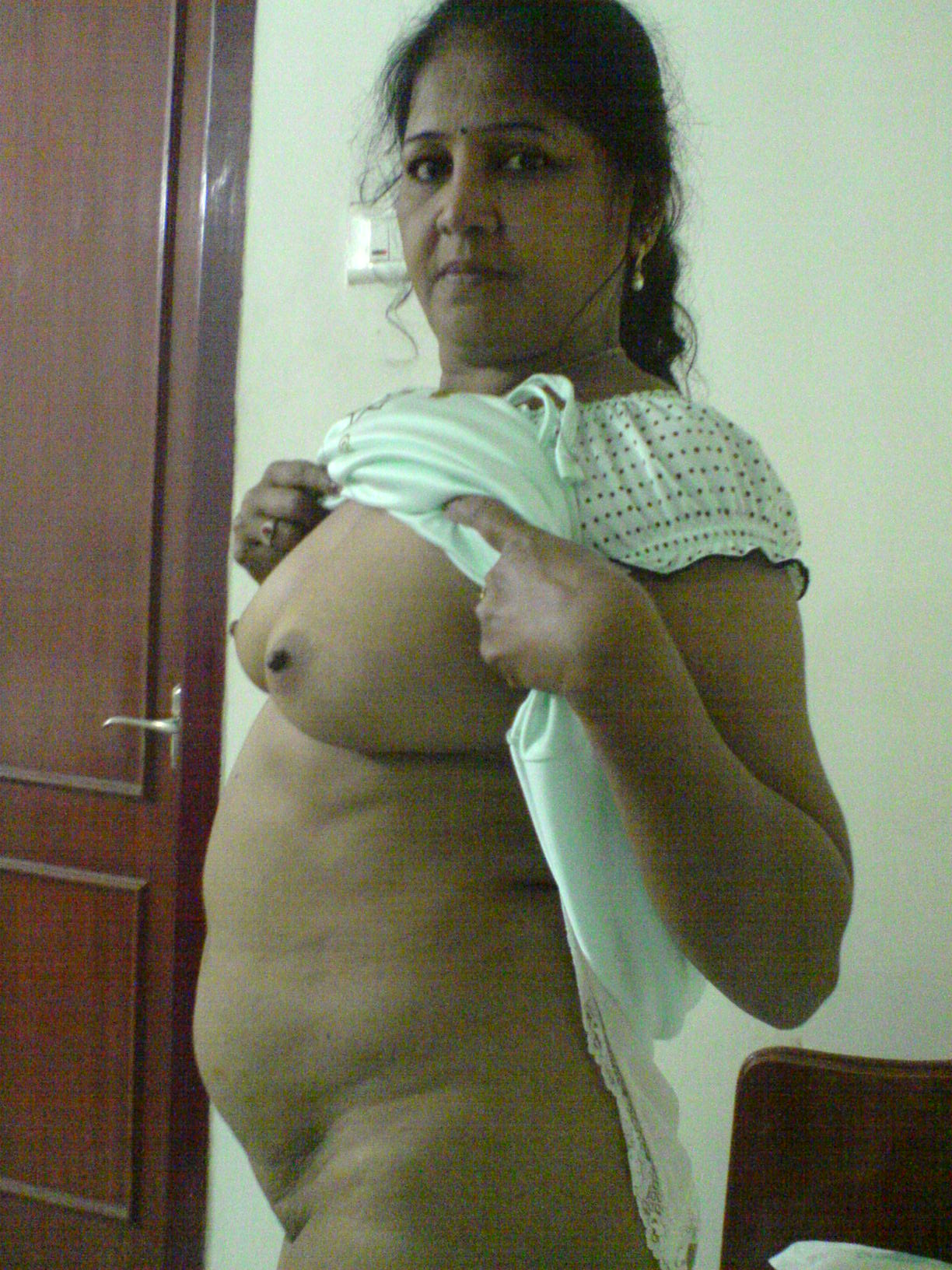 Indian nude aunty video