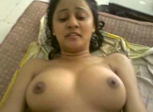 bhabhi desi boobs pic