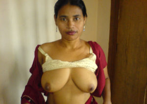 bhabhi horny boobs xx