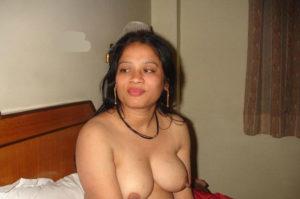 Find nude women
