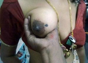 bhabhi naked boobs image