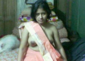 bhabhi naked desi photo
