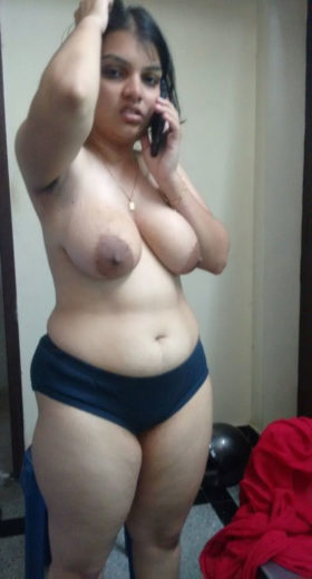 big boobs naked photo