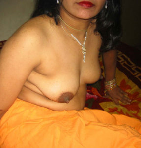 boobs naked aunty sexy