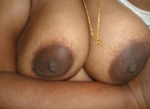 busty big titts bhabhi