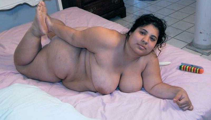 Indian mature lady nude