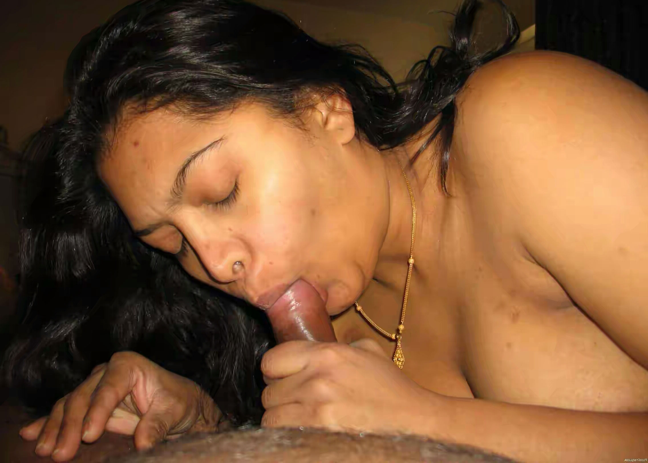 nude desi big boobs dick sucking babes