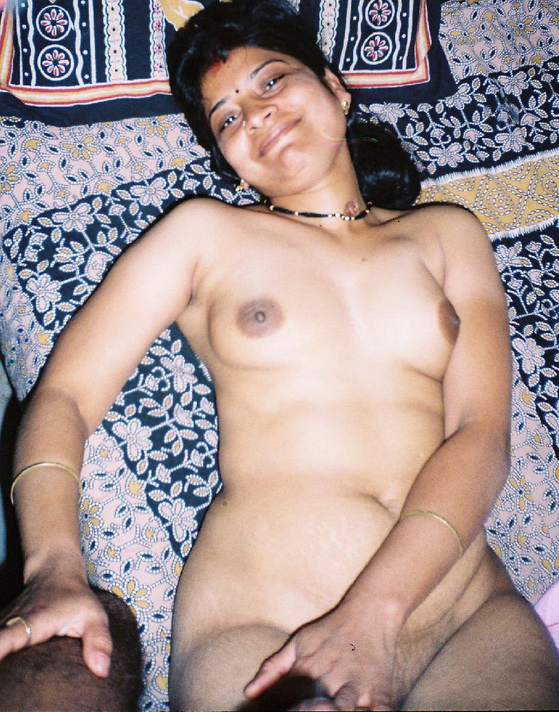 indian naked bhabhi