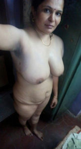 desi bhabhi naked selfie xx