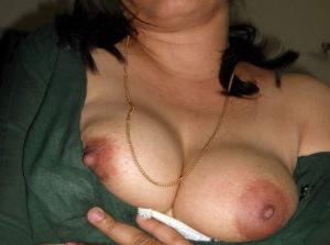 desi white xxx nipple