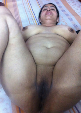 fat bhabhi pussy naked