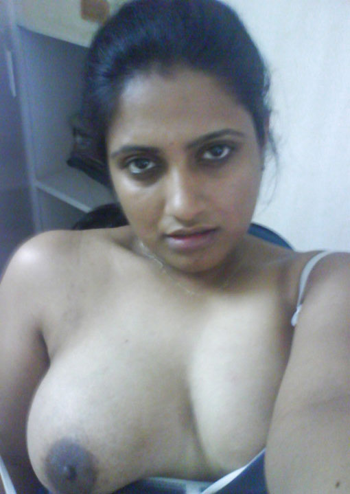 Sexy big boobs indian bangalore milf fucked by her bf - 1 part 3