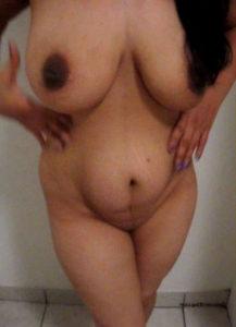 horny indian desi bhabhi pic