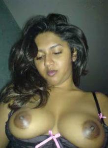 hot desi bhabhi boobs