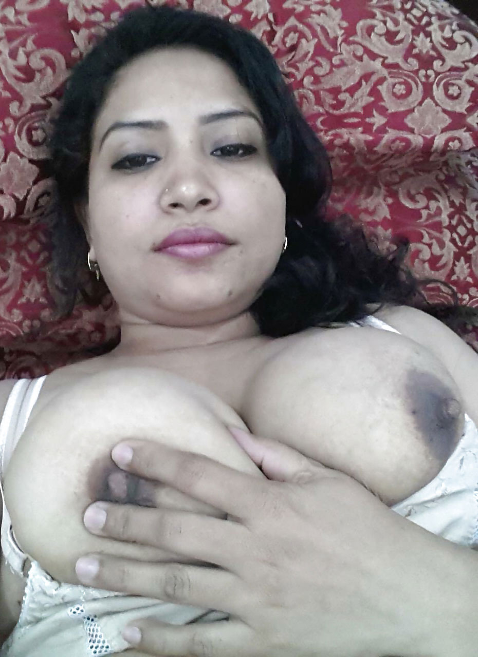 Desi indian big tits showing on webcam 7