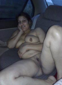 indian hot bhabhi boobs img