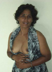 indian titts desi aunty