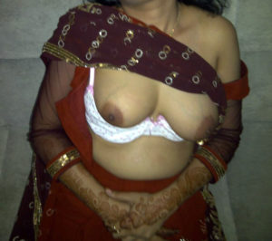 naked aunty big titts