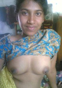 naked bhabhi nice boobs
