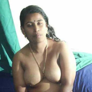 nude desi aunty boobs