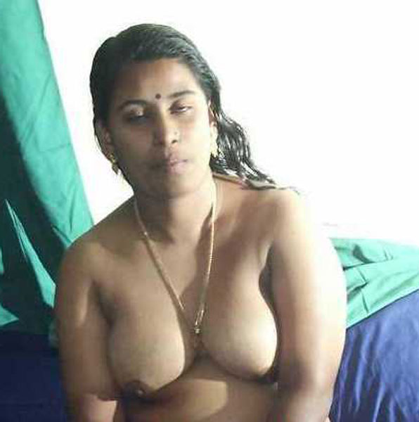 Nude pictures of amature moms