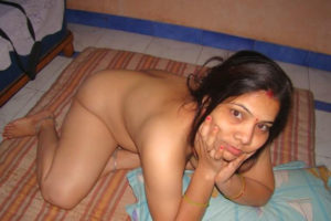 nude desi xxx bhabhi pose