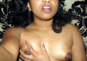 sexy bhabhi nude boobs