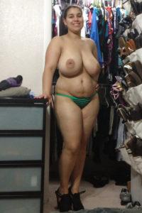sexy chubby aunty hot