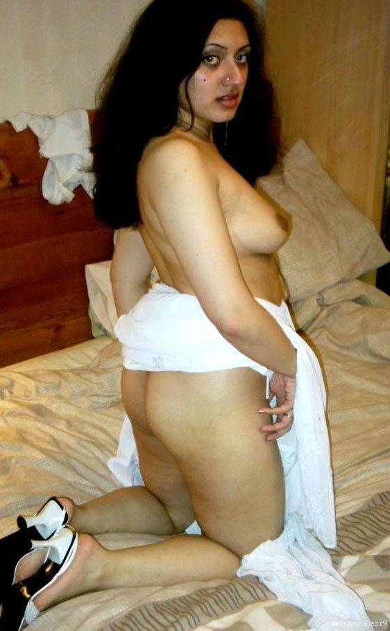 Bhabhi nude photo sexy