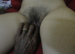 touching men bhabhi pussy