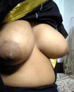 xx milf bhabhi boobs pic