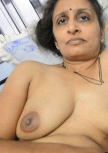 desichicks huge tits private pics