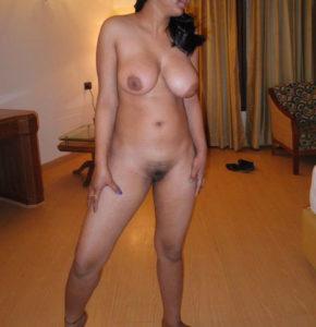 broad Indian hotties natural big boobs