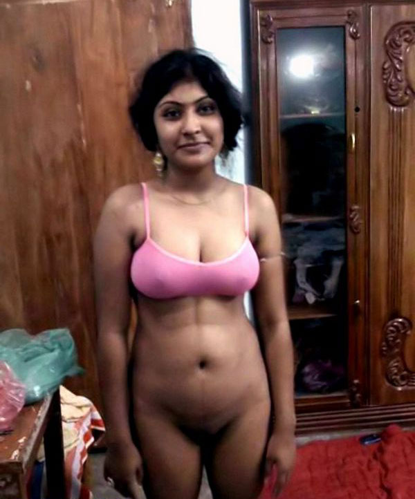 Pussi naked Mallu hot aunties