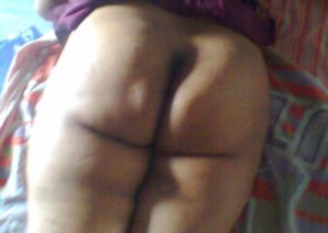 chubby aunty naked pic