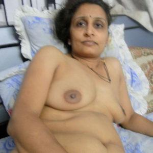 desi hot naked nipples