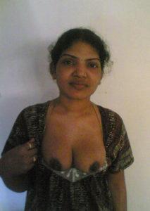 desi naked nipple pic