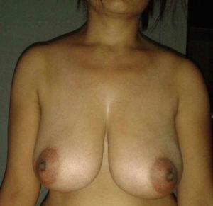 desi nude indian tits