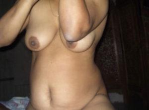 desi sexy aunty boobs