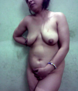 full nude indian bhabhi