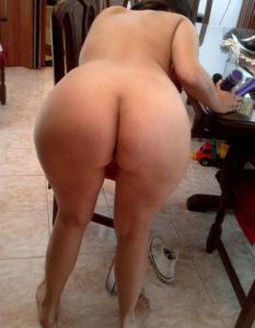hottie nude babe ass