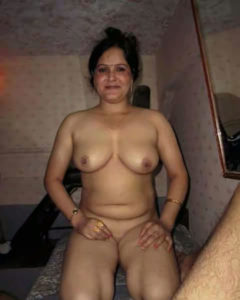 indian bhabhi naughty nude