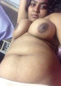 indian bhabhi naked tits