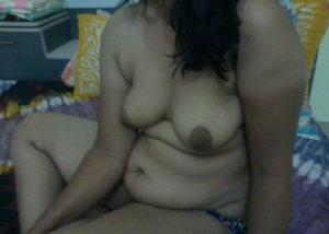 indian desi bhabhi boobs