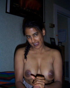 indian lusty babe nude