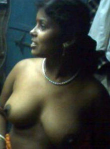 naked desi aunty horny